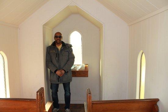 Living Water Wayside Chapel: Inside chapel