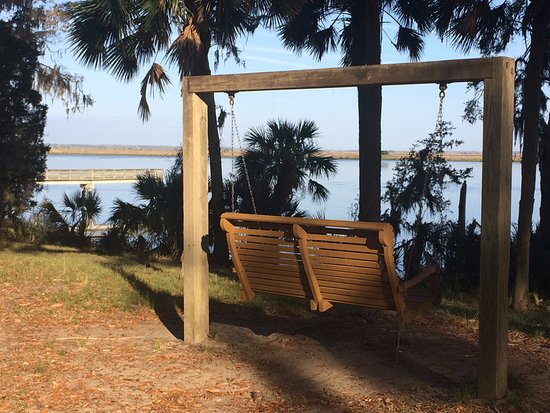 Fort McAllister State Historic Park Campground: Aside the marsh and waters