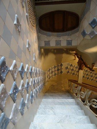 casa batllo escaleras internas