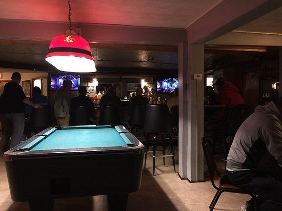 Elmira, NY: Small and pub like