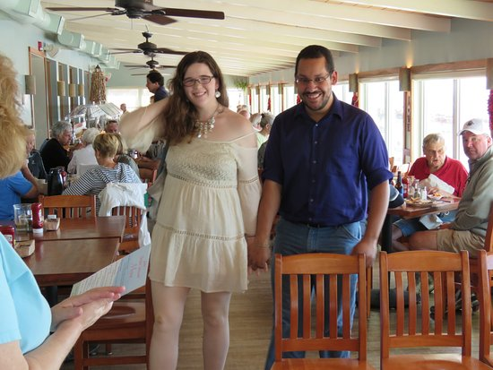 Gulfshore Grill: Here comes the Bride & Groom