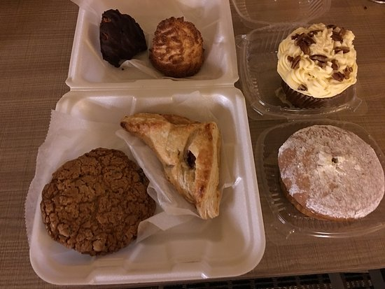 Smithfield Gourmet Bakery and Cafe: photo0.jpg