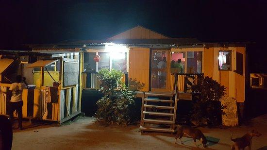 Stann Creek, Belize: Vern`s Kitchen