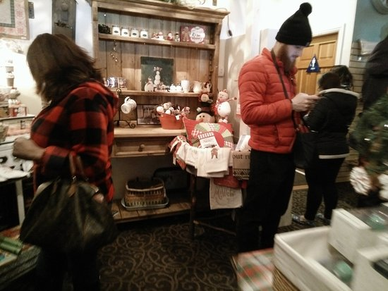 Grizzly Cafe: some souvenir items