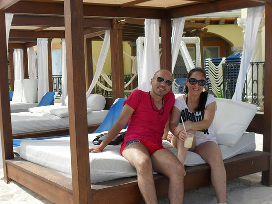 Real Playa del Carmen: club de playa