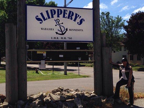 Slippery's Tavern and Restaurant