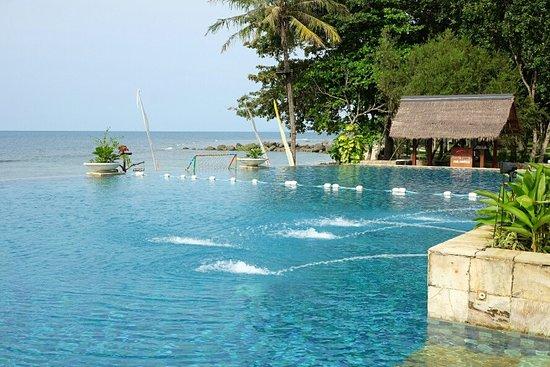 Tanjung Lesung Bay Villas Hotel & Resort
