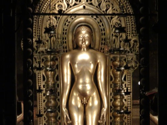 Moodabidri, อินเดีย: Main Idol Of Mahavira Swami
