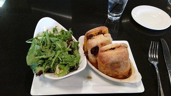 American Harvest Eatery: Short rib french dip,salad