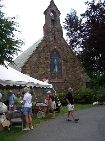 Middletown, RI: The chapel is home to a terrific Garden party each June.