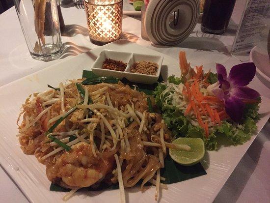 A very good Italian/Thai restaurant