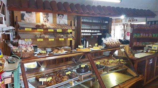 Nuevo Arenal, Costa Rica: Einfach fantastisch. Erstklassige und freundliche Bedienung und Kuchen wie von Mama aus dem Ofen