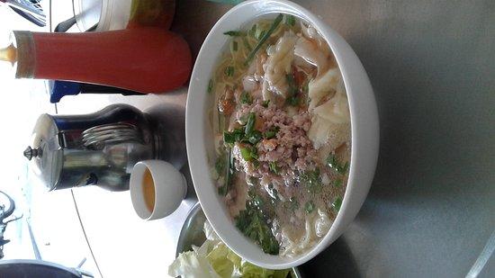 Tau Cao Wanton Noodles : 20170310_135439_large.jpg