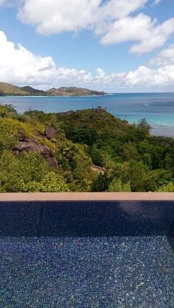 Anse Takamaka, Seychelles: Plunge in poll