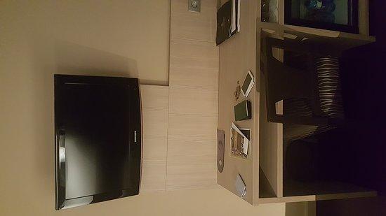 Hotel SERHS Rivoli Rambla: 20170205_222650_large.jpg