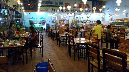 Ha Tien, Wietnam: IMG_20170307_185340_large.jpg