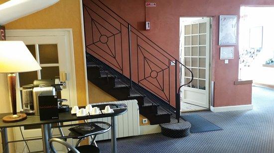 Hall d\'entrée - Picture of Hotel La Residence, Cognac - TripAdvisor