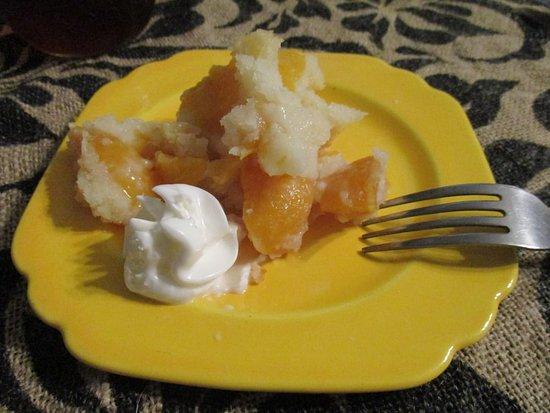 Auburndale, Flórida: warm peach cobbler