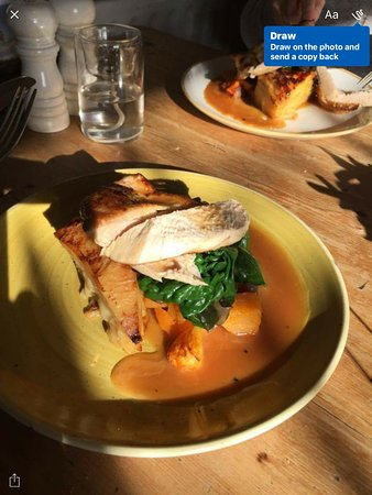 Wye, UK: Pot roast chicken