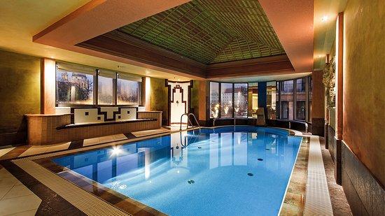 Kempinski Hotel Corvinus Budapest: Indoor Pool | Kempinski Hotel Budapest