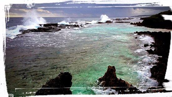 Ha'ateiho, Tonga: естественный бассейн на пляже