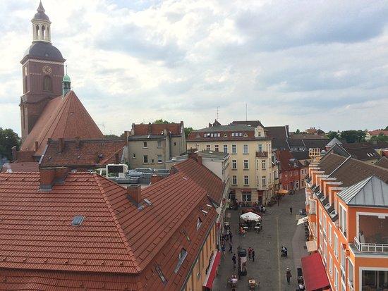 Hotel Lindenufer: Blick vom Zimmer in die Fußgängerzone