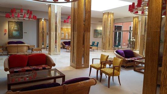 Hotel Reina Isabel: 20170308_155733_large.jpg