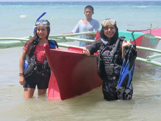 Alegria, Philippinen: happy snorkelers