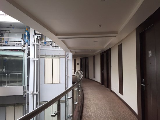 Radisson Salem: View of rooms, another angle