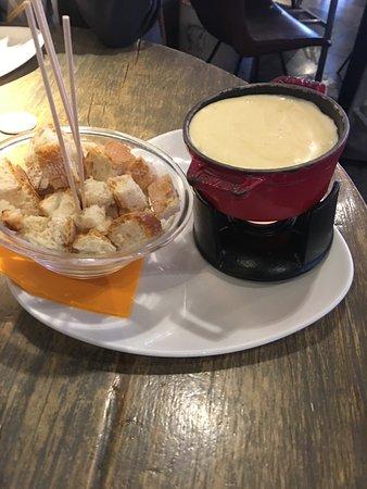 LABARRA San Cugat: Mini fondue de queso Suizo