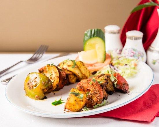 Taste of Raj: Tanndori panir tikka sashlick