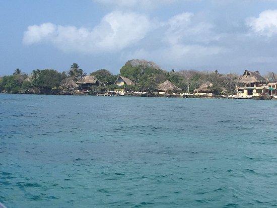 Isla del Pirata: CHEGANDO NA ILHA