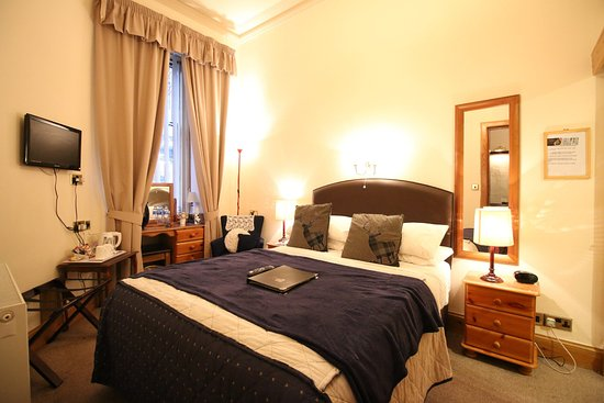 Bonnie's Guesthouse: Guest Bedroom 2 Double