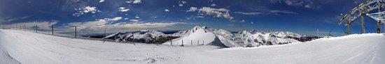 Rifugio Ovovia Monte Gomito: Foto panoramica all'uscita dell'ovovia