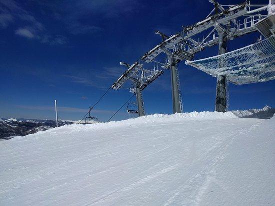 Rifugio Ovovia Monte Gomito: Punto di arrivo della seggiovia che parte da Val di Luce