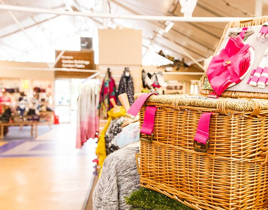 Webbs of Wychbold: Lovely clothing and footwear including Joules, Seasalt, Jack Murphy, Hotter, Muck Boot and more.