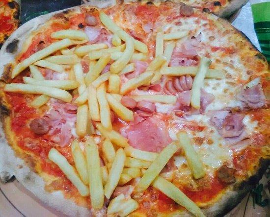 Le Voilier: Pizza Perla