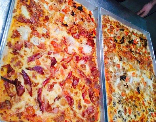 Le Voilier: Pizze in teglia.