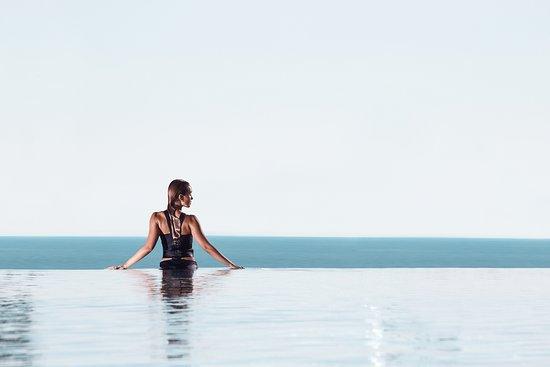 Swissotel Resort Sochi Kamelia: infinity pool