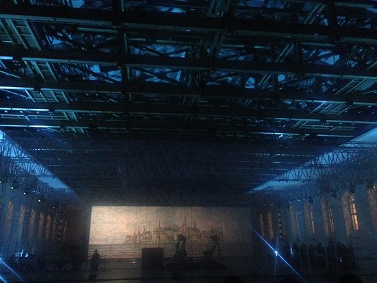 "Manezh Central Exhibition Hall: Мультимедийный проект: ""Манеж 200 лет"""
