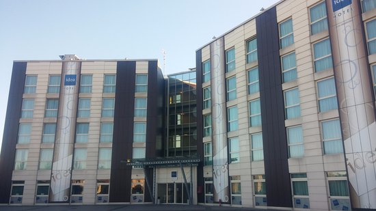 Sala Fumatori Malpensa : Idea hotel plus milano malpensa airport somma lombardo lombardia