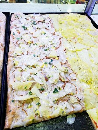 BAR SPRINT: Vi mostriamo Un po' dei nostri piatti ..... e la super pizza