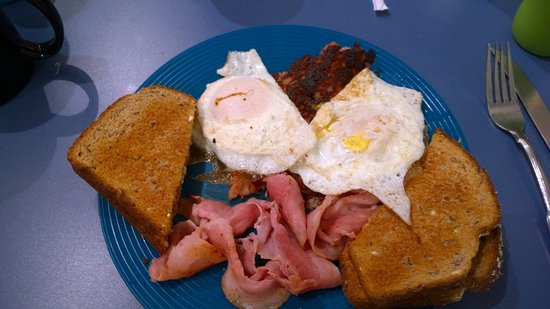 South Daytona, Floryda: Hungry Man Special - Most Expensive Menu Item $5.00 includes Coffee, Eggs, Corned Beef Hash, Ham