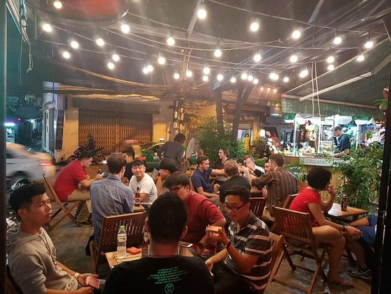 Sancho Cantina: PACKED HOUSE SEPTEMBER 30, 2016