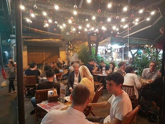 Sancho Cantina: PACKED HOUSE OCTOBER 4, 2016