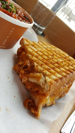 Picaroons: Chili and slow roast pork grill cheese