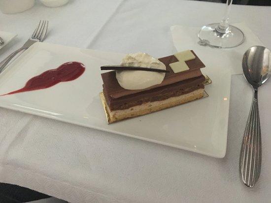 Qatar Airways: Dessert!