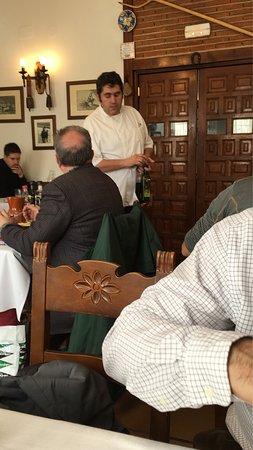 California Bar Restaurant: Excelente restaurante, sencillo en su estilo pero tienen un excelente trato y el cocinero así co