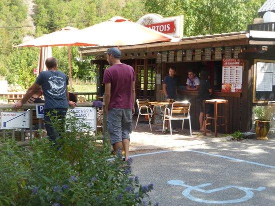 terrasse du restaurant Le Champ du moulin