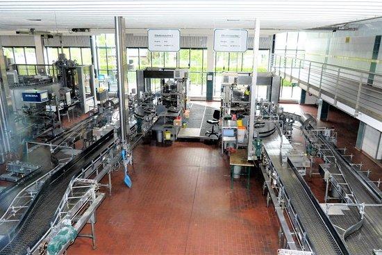 Jever, Germania: Flaschenetikettiermaschinen